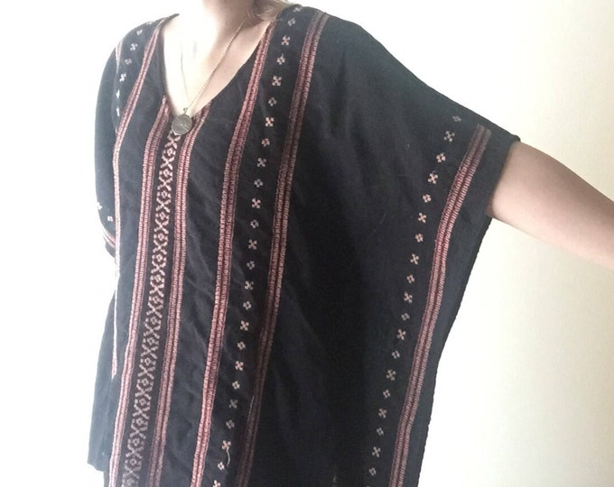 Woven Cotton Blouse | XL black v neck vintage 80s southwestern IKAT style boho indie womens shirt top large L cover all