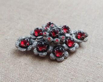 Vintage Brooch, Red Glass Brooch, Flower Brooch, Rhombus Brooch, Vintage Pin, Flower Pin, Gothic Brooch, Mid Century Brooch, 60s Pin