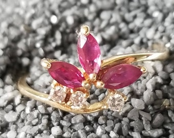 14K Yellow Gold Ruby & Diamond Ring (st - 2156)