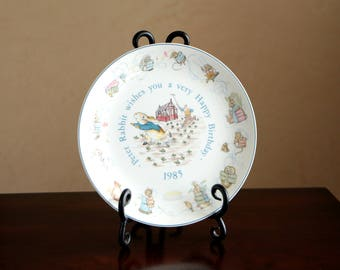 Vintage Beatrix Potter Peter Rabbit 1985 Happy Birthday Wedgwood collectible plate - made in England