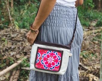 Boho Sling Bag for Women, Hmong Crossbody Bag, Vintage White Purse, Hippie Purse for Women, Gift Bag for Her, Gift Purse for Mom - BG522WHIV