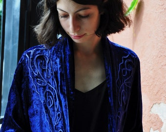 Vintage 90s Velvet  Embroidered Throw Jacket in Sapphire Blue SMALL