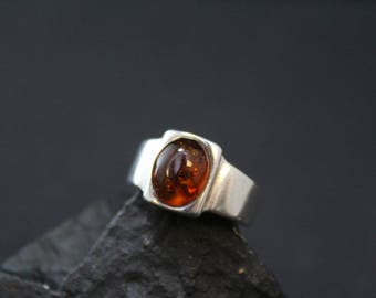 RESERVED: Sterling Silver Modernist Amber Ring, Sterling Amber Jewelry, Modern Amber Ring, Modernist Amber Jewelry, Modernist Sterling Ring