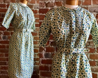 Vintage Women's Small Print Wildflower Belted Shirt Dress.  Preppy Day Dress.