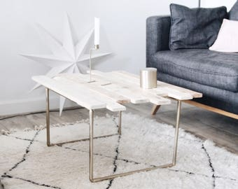 Golden copper pipes pallet table