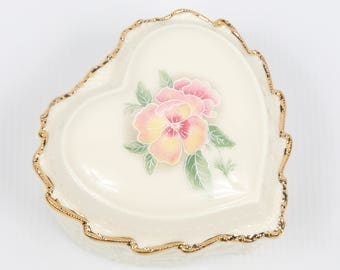 """1980's Celebrations of Love, Heritage House, """"Love Me Tender"""" Porcelain Pansy Musical Trinket Box, Near MINT Cond., Pink Yellow on White"""
