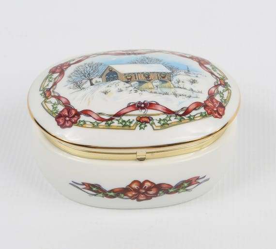 1991 Heritage House, Melodies of Christmas Music, Trinket Box