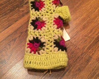 Fingerless mittens with fleece lining