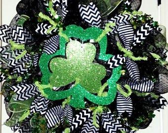 Saint Patrick's Day wreath, Shamrock wreath, Shamrock door hanger, St. Paddy wreath