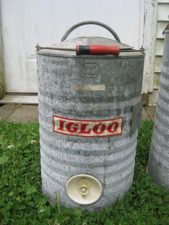 Vintage igloo galvanized cooler red wood handle 3 gallon - Igloo vintage ...
