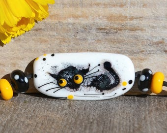 Cat glass bead, lampwork black cat, gift for cat lover, black white yellow focal bead handmade cute kitty pendant jewelry supplies paw print
