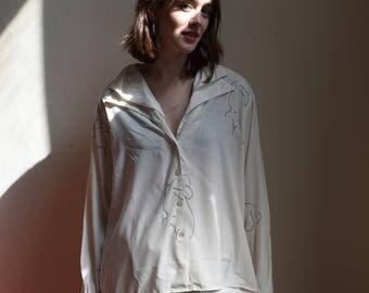 Audrey dual collar blouse.