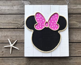 "Handmade ""Minnie"" with Rope Beach Pallet Art"