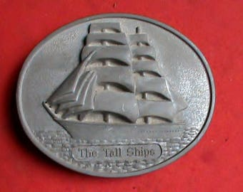 Old vintage 1970s Pewter oval belt buckle The Tall Ships