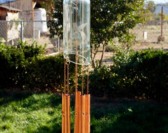 Etched/Wine Bottle Wind Chime/Copper Chimes/Copper Garden Decor/Gift for Mom/Patio Decoration/Gifts for Her/Wine Decor/Wine Bottle chime