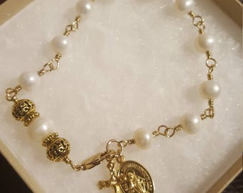 Hand Made non tarnish brass wire wrapped genuine pearl rosary Bracelet w/ miraculous medal and crucifix