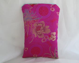 Brocade Tarot Card Bag Fuschia or Hot Pink and Gold with Gold Satin Lining and Zipper Dice Makeup Pouch Fancy