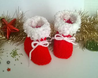 Shoes 3/6 months red woolen Santa and fur yarn for baby