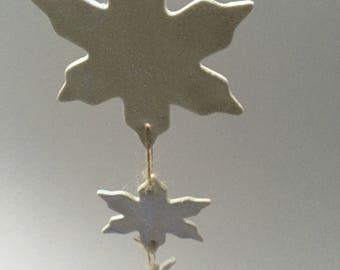 ceramic porcelain slowflakes: White snowflakes with glitter, Christmas tree decoration, snowflake decoration, pottery decoration