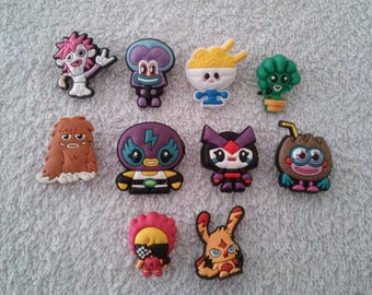 Lot 10 jibbitz Moshi monster (badges for fangs)