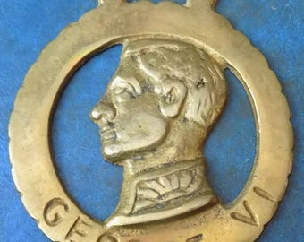 Rare vintage HORSE BRASS featuring George VI Style Design Made in England