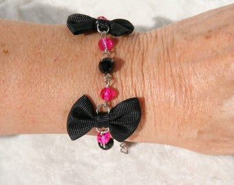 Black fuchsia bracelet with bow ties