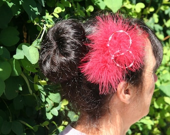 Red bridal hair ornament with feathers