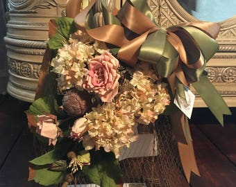 Wire Envelope bag, wedding card holder, magizine holder, envelope bag, shopping bag centerpiece, birthday centerpiece, home decor,