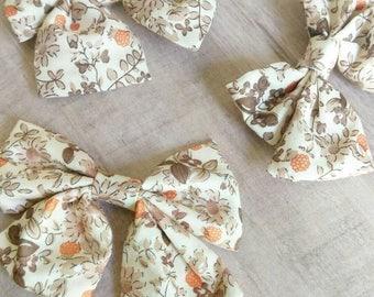 Olivia- fabric bow