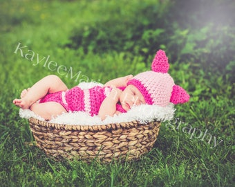 Piglet Crocheted Set - Newborn Photo Prop