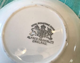 Alfred Meakin saucer