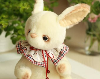 Artist Teddy rabbit  Theo. 9.8 inches