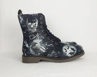 Gothic boots, goth shoes, halloween wedding, Halloween, women boots, alternative, goth clothing, alternative fashion, skull shoes, crow