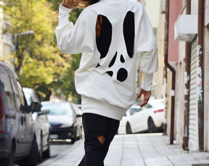 Extravagant White Sweatshirt, Asymmetric Sports Long Blouse, Wadding Maxi Sweatshirt, Fashion Loose Blouse by SSDfashion