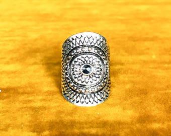 Retro Hippie Metal Ring