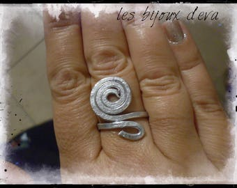 all aluminum spiral ring hammered