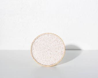 Plate small speckled