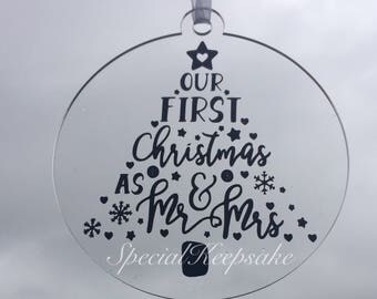 Our First Christmas As Mr & Mrs 2016 2017 Christmas Tree Bauble Decoration First 1st Christmas Mr Mrs Newlywed Acrylic Clear
