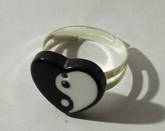 heart ring acrylic ying yang