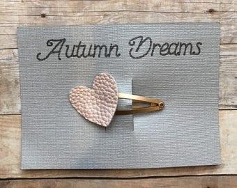Faux leather pink heart hair  barrette. Handmade hair Clip. Pearl pink heart hair Clip. Hair accessories. Heart barrette.