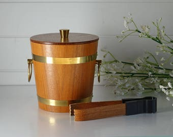 vintage teak ice bucket - Mid Century modern home decor - Wood and brass ice bucket - Wood barware - With ice tongs