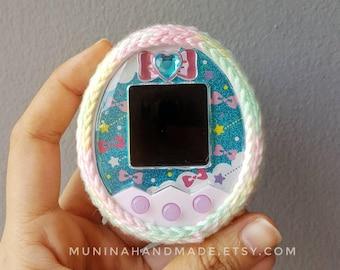 Sweet pastel : Multicolor tamagotchi crochet case