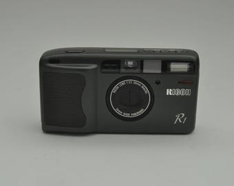 Ricoh R1  Point and Shoot Camera