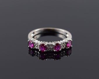 18k 0.85 CTW Ruby Diamond Inset Wedding Band Ring Gold