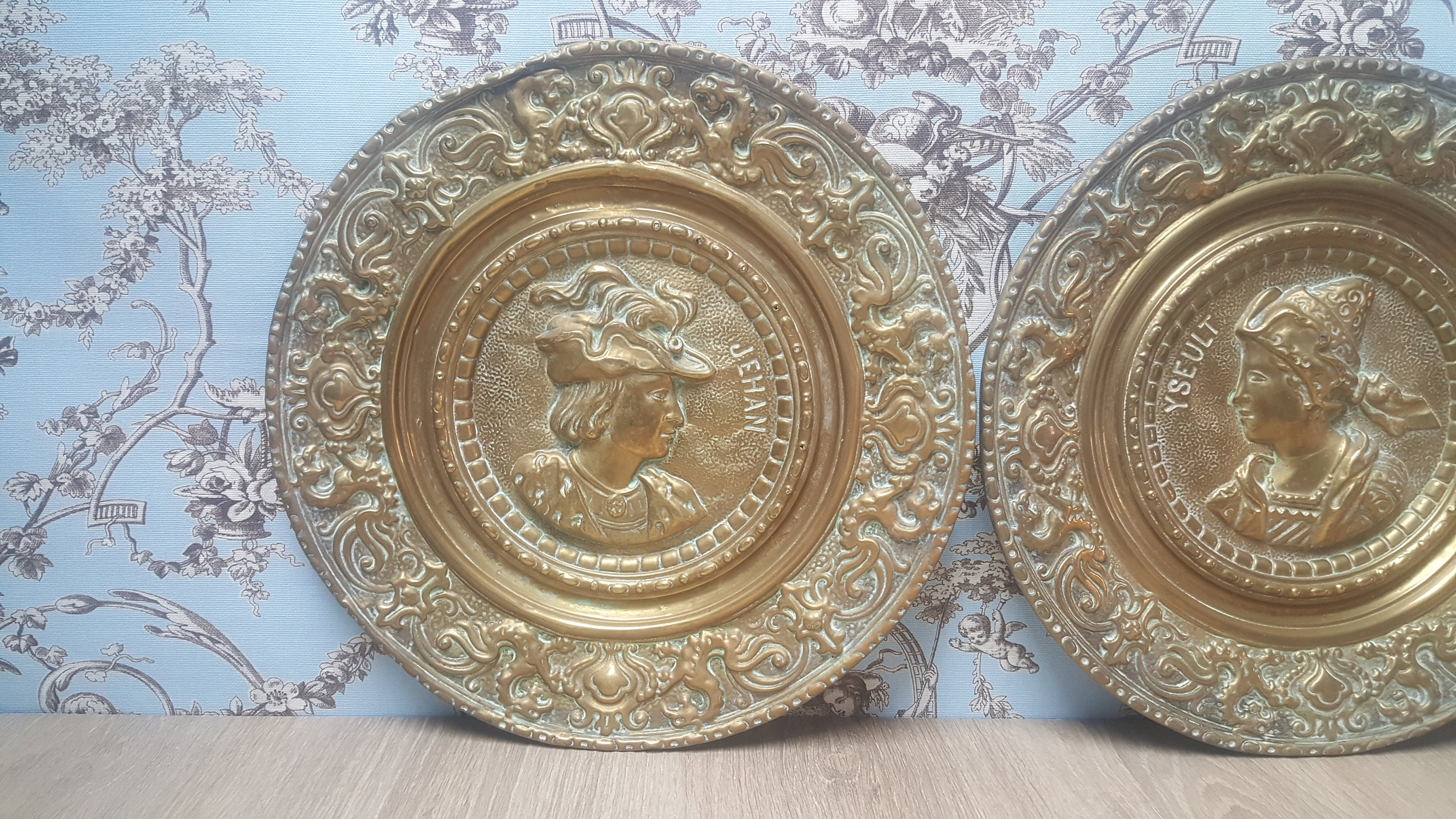 Pair of french antique brass repousse decorative plates jehan yseult early 1880 & Pair of french antique brass repousse decorative plates jehan yseult ...