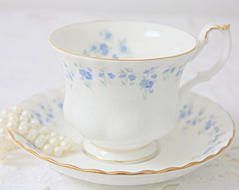 Vintage Royal Albert Bone China 'Memory Lane' Gentleman Size Cup and Saucer, Forget-me-Not Decor, England