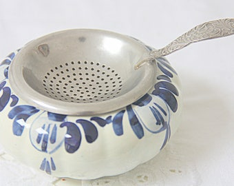 Vintage Silver Plated Dutch Tea Strainer and Ceramic Drip Bowl, Delft Blue, Handpainted