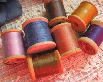 Vintage Wooden Thread Spools  Lot #4  ~~  Seven Wooden Spools of Vintage Thread