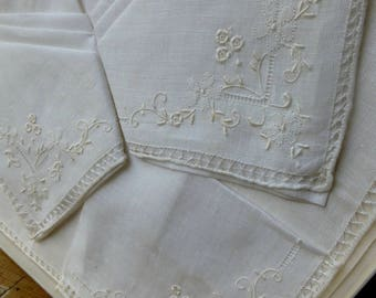 Set of 3 Vintage White Fine Linen Handkerchiefs with Embroidery in Original Box C.1960s