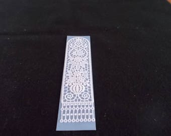 Bookmark with flowers in Belgian Lace